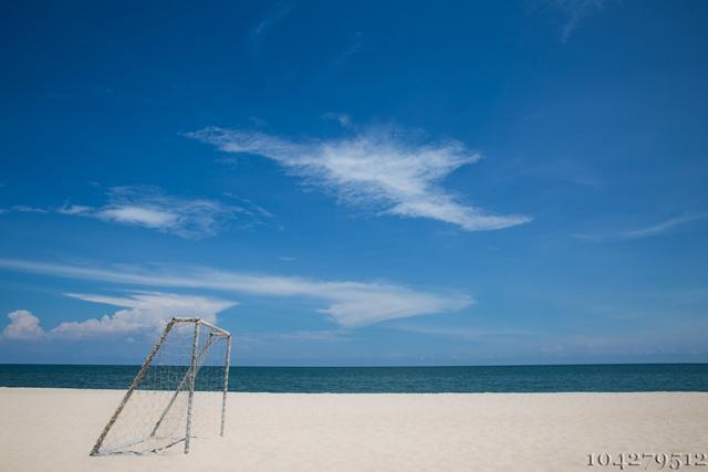 Auch ein Exit Fussballtor kann in bestimmten Fällen am Strand eingesetzt werden.